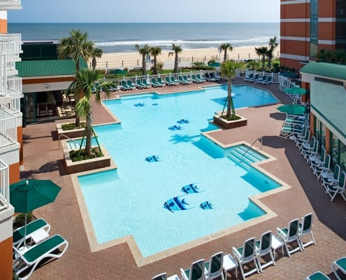 Virginia Beach hotel - Holiday Inn and Suites oceanfront pool