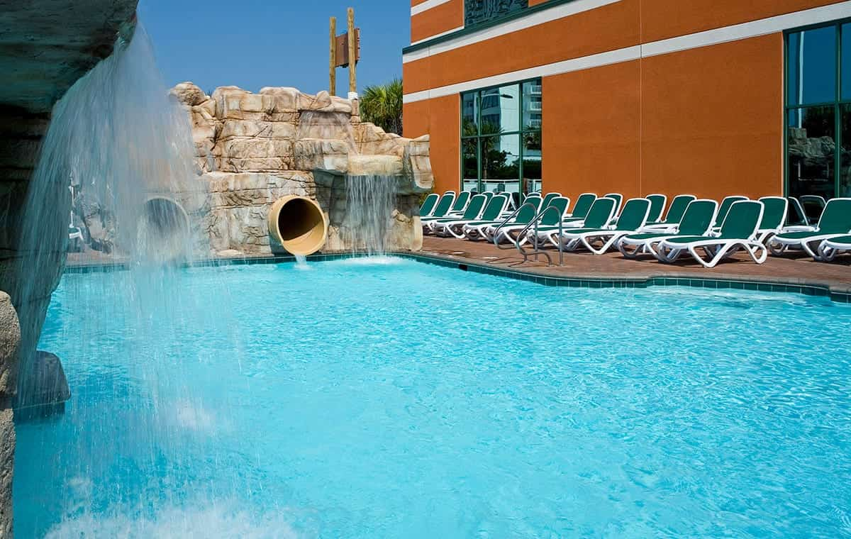 Virginia Beach hotel - waterslides