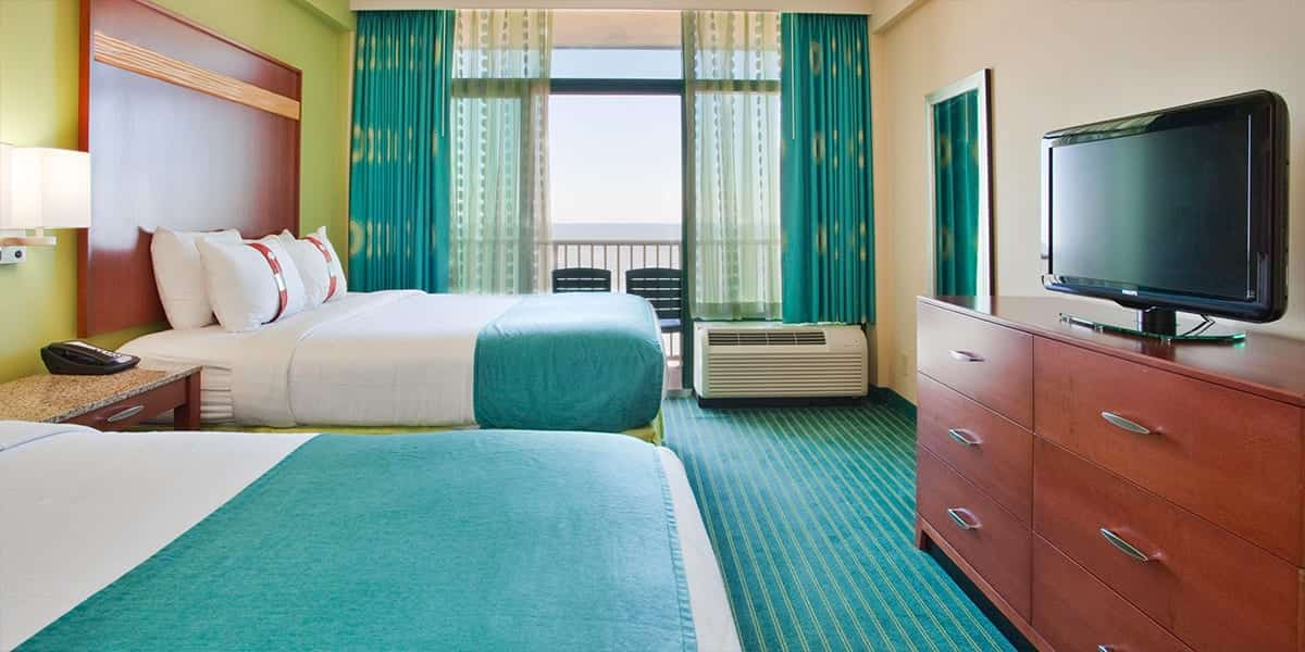 Standard Oceanfront Two Queen Bed Hotel Room | Virginia ...