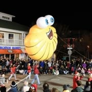 Oceanfront resort hotel in Virginia Beach : Holiday parade in Virginia Beach