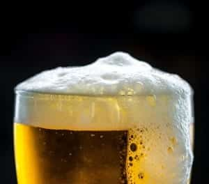 Virginia Beach Hotels - Oceanfront Special in Virginia Beach - Local Brews - Hemingways Bar Pilar